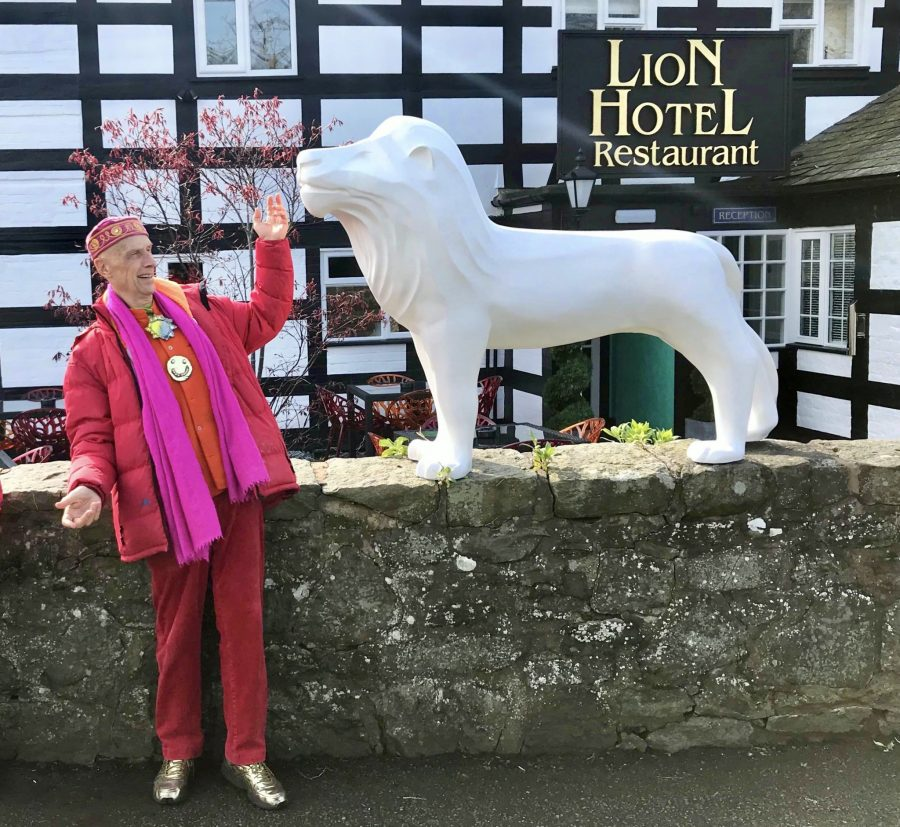 Lions snapped up by sponsors & heading off to their artists for decorating