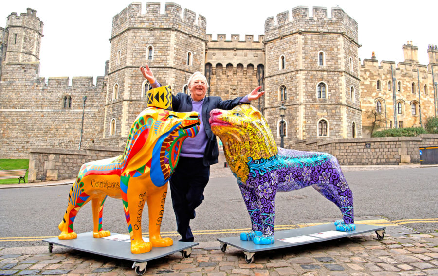Auction Host Tim Brooke-Taylor visits the Pride!